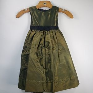Us Angels Sleeveless Christmas Dress Green Taffeta